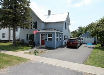 696 So James St 4 Beds House for Rent Photo Gallery 1