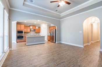 821 Rivington Dr. 4 Beds House for Rent Photo Gallery 1