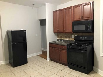 67 Stuyvesant Avenue 1 Bed Apartment for Rent Photo Gallery 1