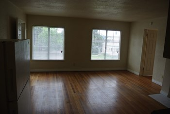 901 S Lincoln St 2 Beds Apartment for Rent Photo Gallery 1