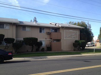 13414 Laird Street 1-2 Beds Apartment for Rent Photo Gallery 1