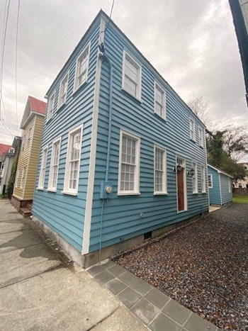 126 Logan Street 4 Beds House for Rent Photo Gallery 1