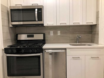 3469 John F. Kennedy Boulevard 2 Beds Apartment for Rent Photo Gallery 1