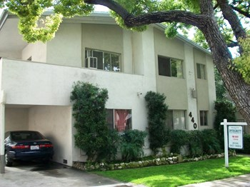 440 East San Jose Avenue 1 Bed Apartment for Rent Photo Gallery 1
