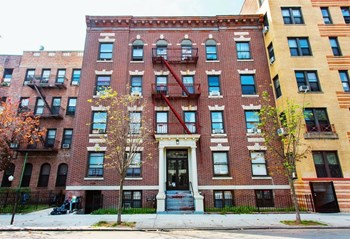 146 Fenimore Street Studio-3 Beds Apartment for Rent Photo Gallery 1