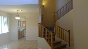 4810 North 95Th Drive 5 Beds House for Rent Photo Gallery 1