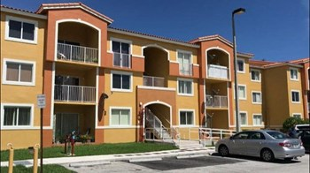 20850 SW 87Th Ave 2-3 Beds Apartment for Rent Photo Gallery 1