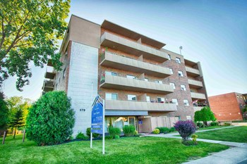 579 Clare Avenue 1-2 Beds Apartment for Rent Photo Gallery 1