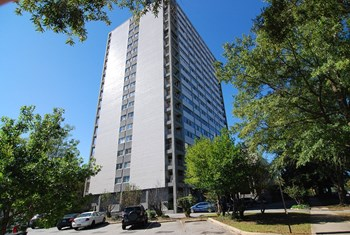 1520 Senate Street 1 Bed Apartment for Rent Photo Gallery 1