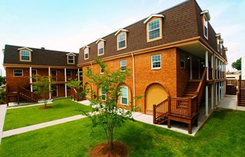 4020 Hessmer Avenue 2 Beds Apartment for Rent Photo Gallery 1