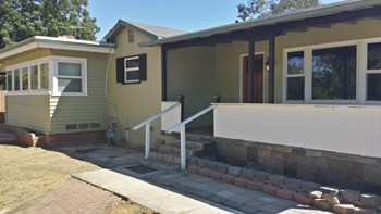 12929 11Th Street 4 Beds House for Rent Photo Gallery 1
