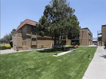 3958 Montgomery Blvd NE 1-2 Beds Apartment for Rent Photo Gallery 1