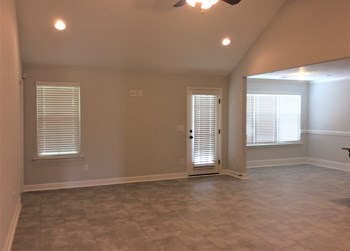 5214 Copse Drive 3 Beds House for Rent Photo Gallery 1
