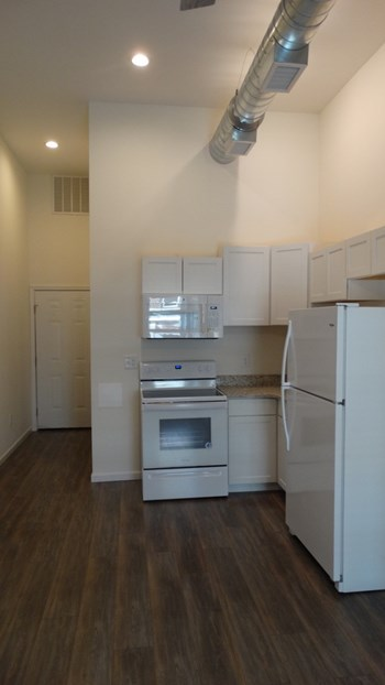 624 Washington Street Studio-2 Beds Apartment for Rent Photo Gallery 1