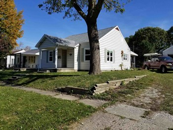 2140 N Delphos St 2 Beds House for Rent Photo Gallery 1