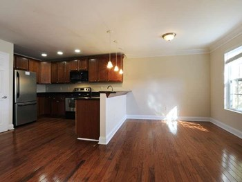 1376 Custer Ave, 1-3 Beds Apartment for Rent Photo Gallery 1
