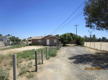 27173 Lemon Avenue 3 Beds House for Rent Photo Gallery 1