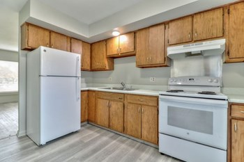2012 S Vawter Street 2 Beds Apartment for Rent Photo Gallery 1