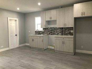 153 Nelson Ave 3 Beds Apartment for Rent Photo Gallery 1