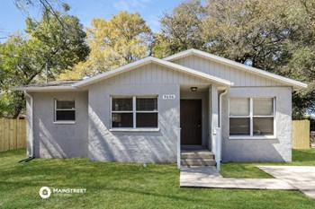 9606 N 11Th St 3 Beds House for Rent Photo Gallery 1