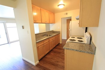 2157 Carlmont Drive 1 Bed Apartment for Rent Photo Gallery 1