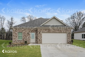 599 White Oak Circle 4 Beds House for Rent Photo Gallery 1
