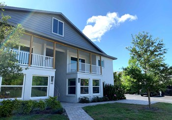 641 Columbia Ct 1 Bed Apartment for Rent Photo Gallery 1