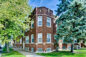 9825 S Loomis St 2 Beds Apartment for Rent Photo Gallery 1