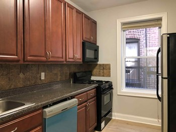 126 Corbin Avenue 1 Bed Apartment for Rent Photo Gallery 1