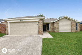 8033 Pebblebrook Dr 3 Beds Apartment for Rent Photo Gallery 1