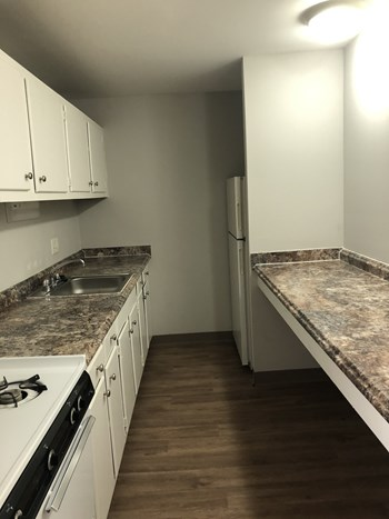 684 Thurber Dr. West 1 Bed Apartment for Rent Photo Gallery 1