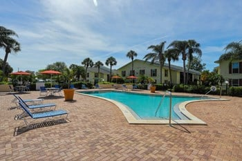 7700 Ridge Rd 1-2 Beds Apartment for Rent Photo Gallery 1