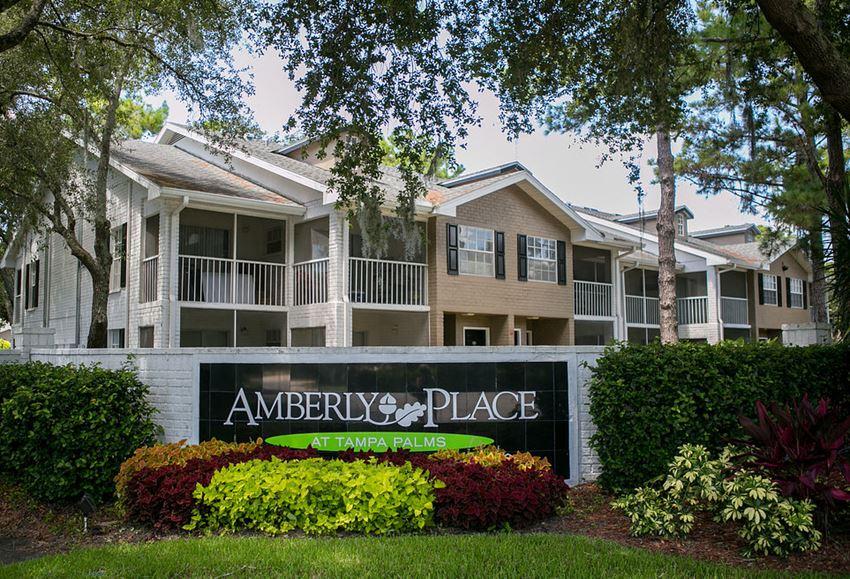 Amberly Place Apartments 5100 Live Oaks Blvd Tampa Fl Rentcafé
