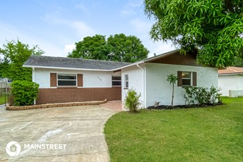 2558 21ST PL 4 Beds House for Rent Photo Gallery 1