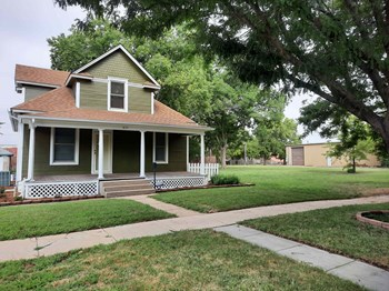 431 South Walnut Street 2 Beds House for Rent Photo Gallery 1