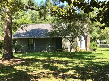 101 Magnolia Ct. 3 Beds House for Rent Photo Gallery 1