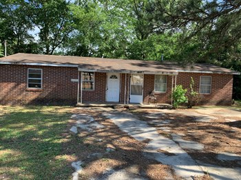 1231 - 1233 Woolfolk Street 2 Beds Apartment for Rent Photo Gallery 1