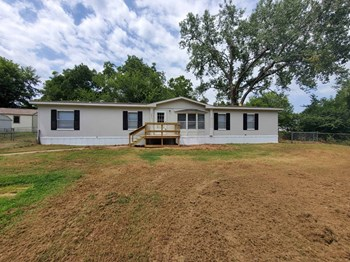 2051 Williams Drive 3 Beds House for Rent Photo Gallery 1