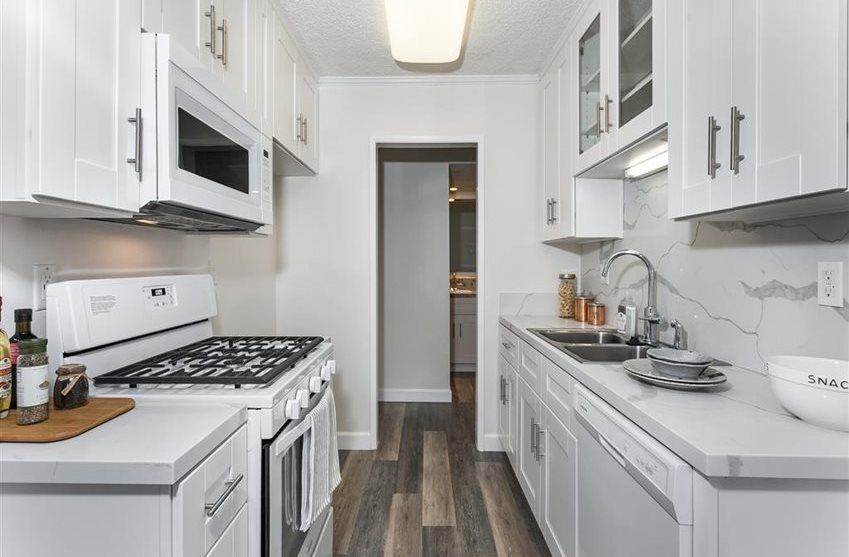 West Covina Kitchen with white cabinets and quartz countertops