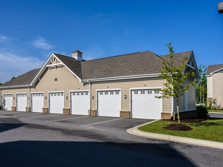 Universally Attached And Detached Garages at Abberly Square Apartment Homes, Waldorf