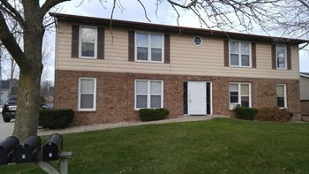 1036 Meadow Street 2 Beds Apartment for Rent Photo Gallery 1