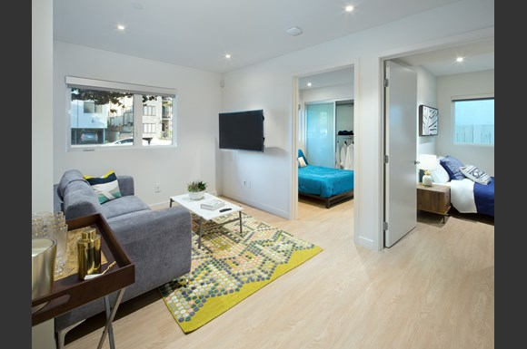 nms-swell-luxury-santa-monica-apartment-los-angeles-co-living-space-bedrooms.jpg