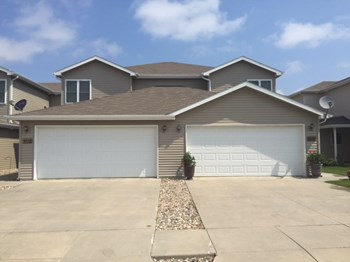 3548 Mclaughlin Dr 3 Beds House for Rent Photo Gallery 1