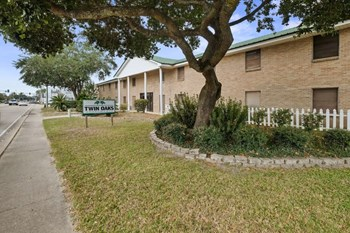 756 Gause Blvd 1-2 Beds Apartment for Rent Photo Gallery 1