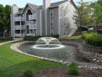 1124 Bonhomme Lake Dr. 1-2 Beds Apartment for Rent Photo Gallery 1