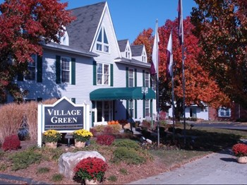 14441 Village Green Parkway 1-3 Beds Apartment for Rent Photo Gallery 1