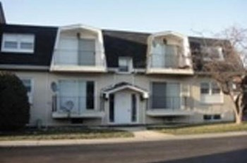 5744 Circle Dr 2 Beds Apartment for Rent Photo Gallery 1
