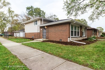 14311 Minerva Avenue 3 Beds Apartment for Rent Photo Gallery 1