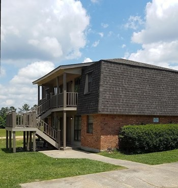 57 Hillcrest Drive, #2 1-3 Beds Apartment for Rent Photo Gallery 1