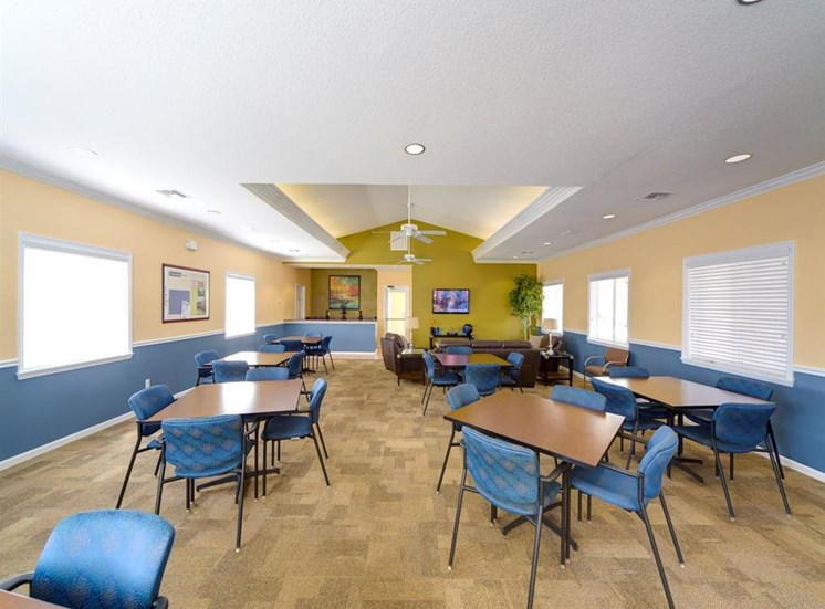 Clubhouse Lounge With Large Windows And Seating at Holly Cove Apartments, Florida, 32073